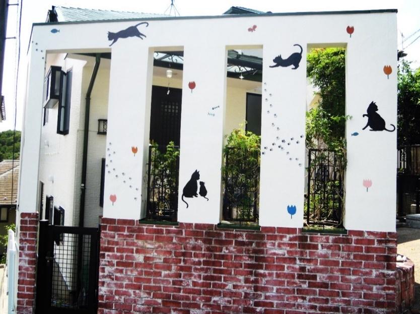 猫のイラストが描かれたお家