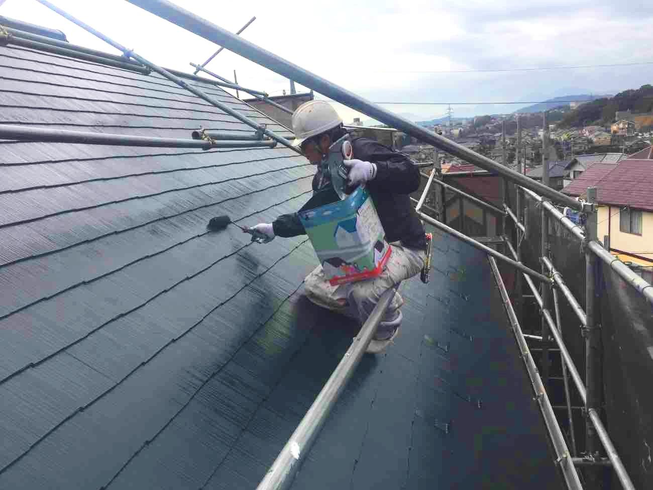 これで完璧!スレート屋根塗装の時期・費用相場から注意点まで全解説