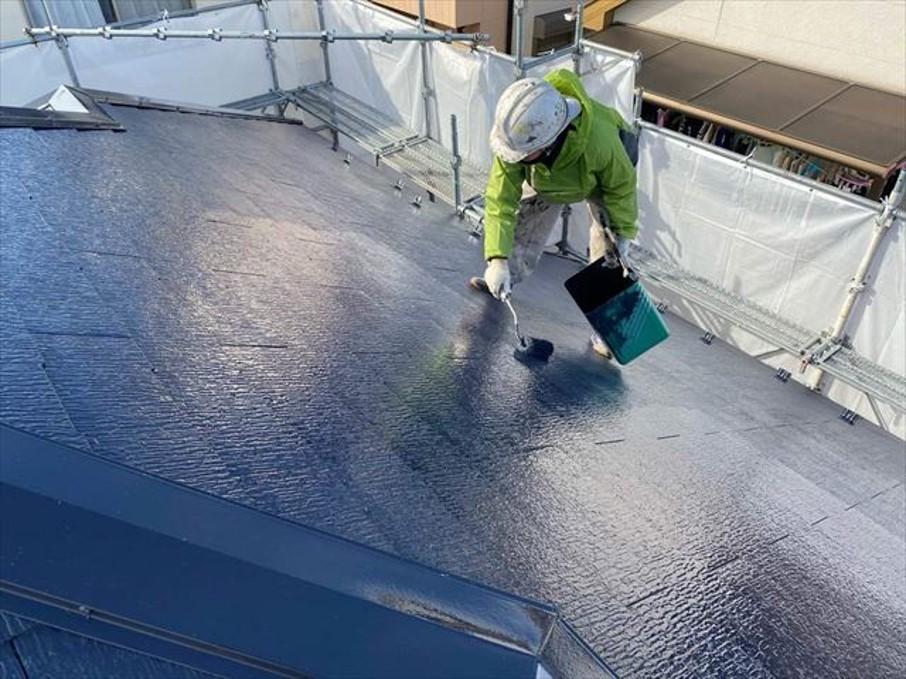 スレート屋根の塗装ガイド!失敗しないための5つの注意点と費用相場