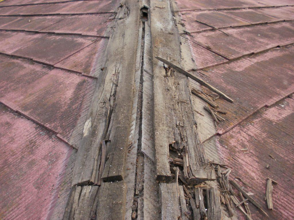 貫板の腐食