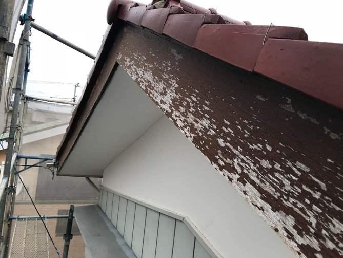 破風板の剥離