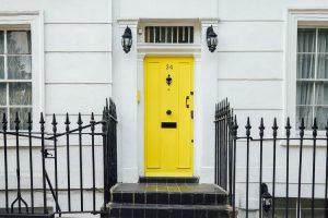 ドアのおしゃれな家