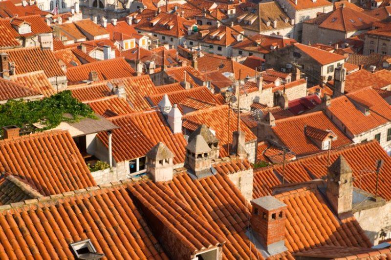 おしゃれな屋根といえば洋瓦!種類・特徴と長持ちさせるメンテナンス