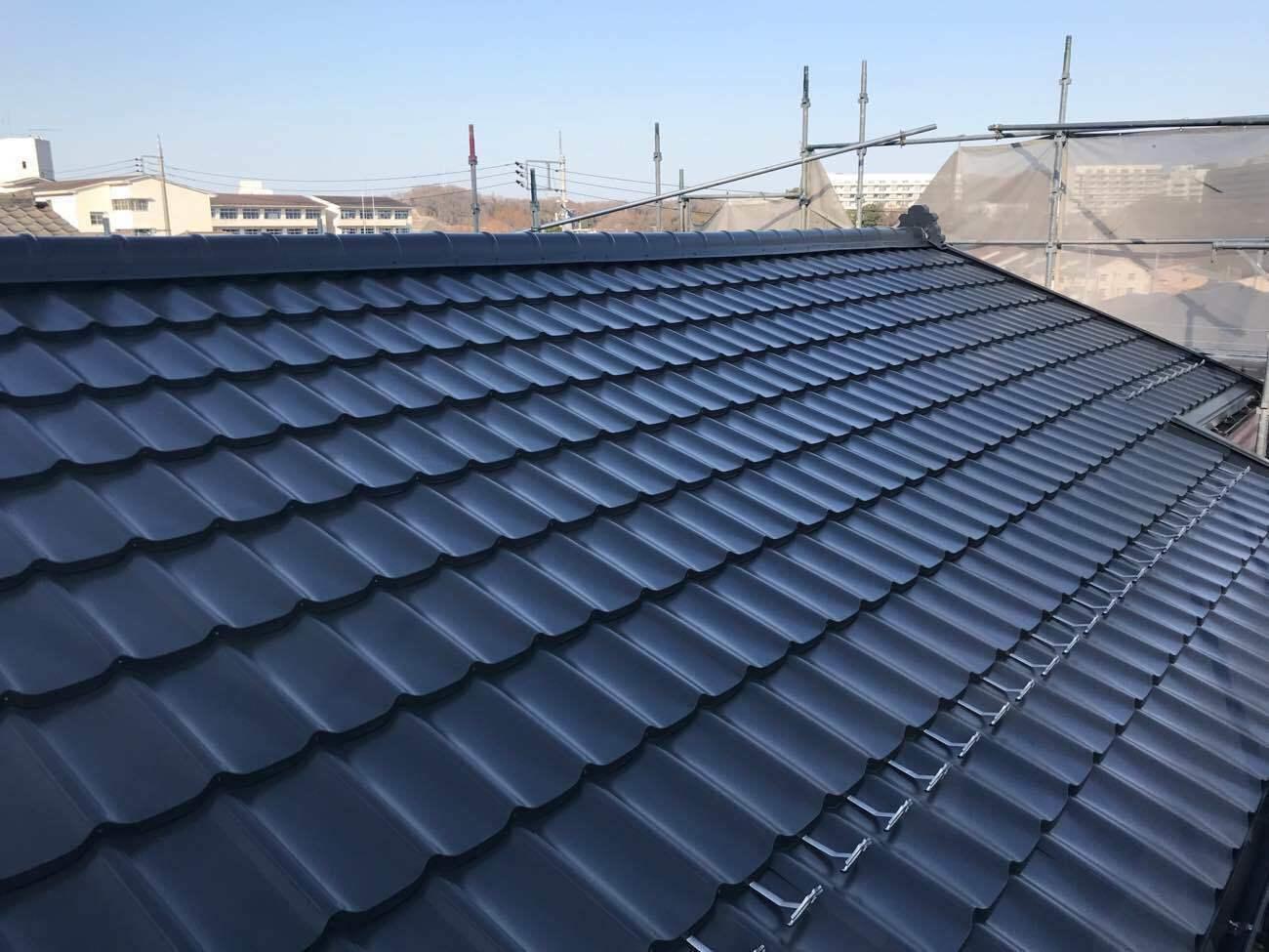 葺き替えすべきスレート屋根の劣化症状とおすすめ屋根3種の費用相場