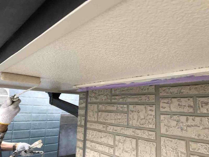軒天塗装の疑問解決!必要な理由・タイミング・費用や注意点を解説