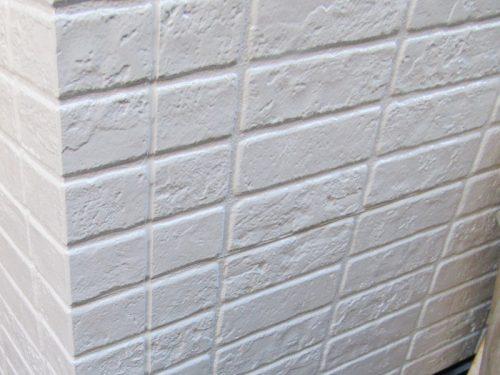 艶 白い外壁