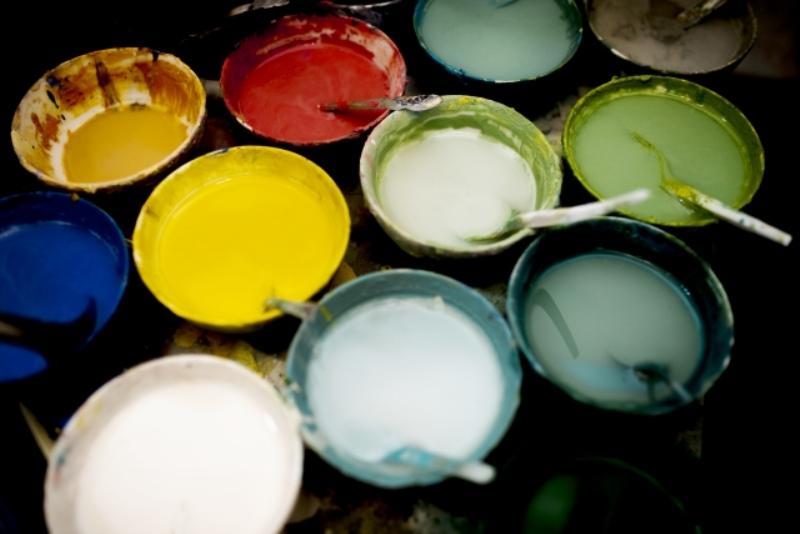 外壁塗装の塗料知識が全てわかる!種類・特徴と塗料選び3ステップ