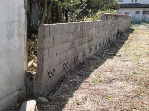 ブロック塀 傾き