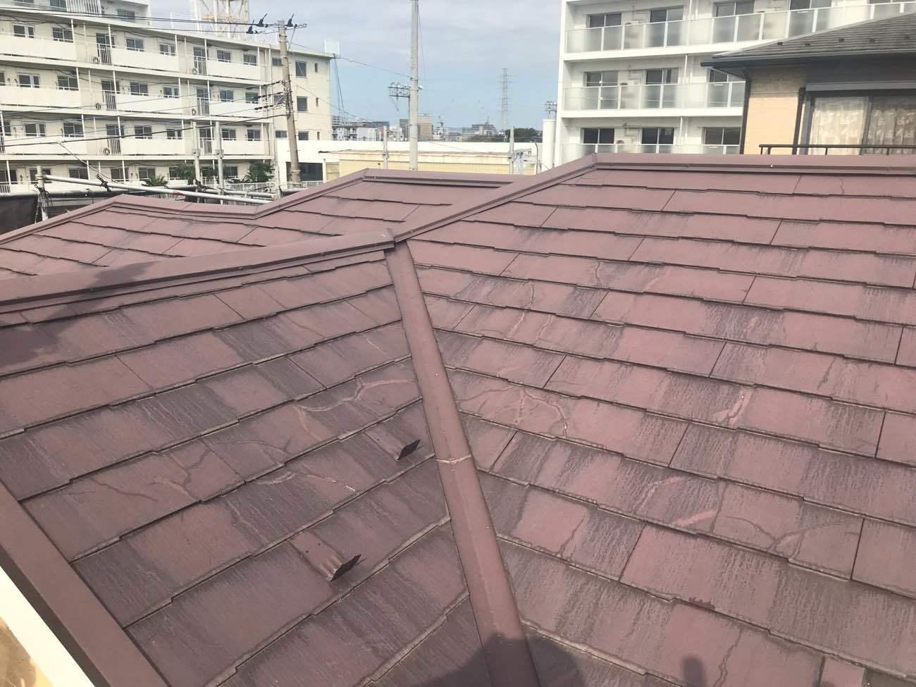 コロニアルNEOは塗装できない屋根!3つの劣化症状とメンテナンス