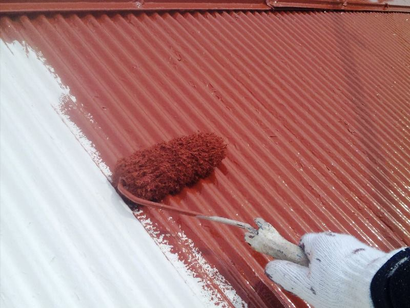 トタン屋根塗装を徹底解説!時期や費用・成功のための2つのポイント