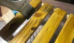 DIY木材塗装