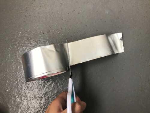 雨樋補修 アルミテープ