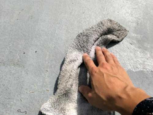 防水 拭き掃除