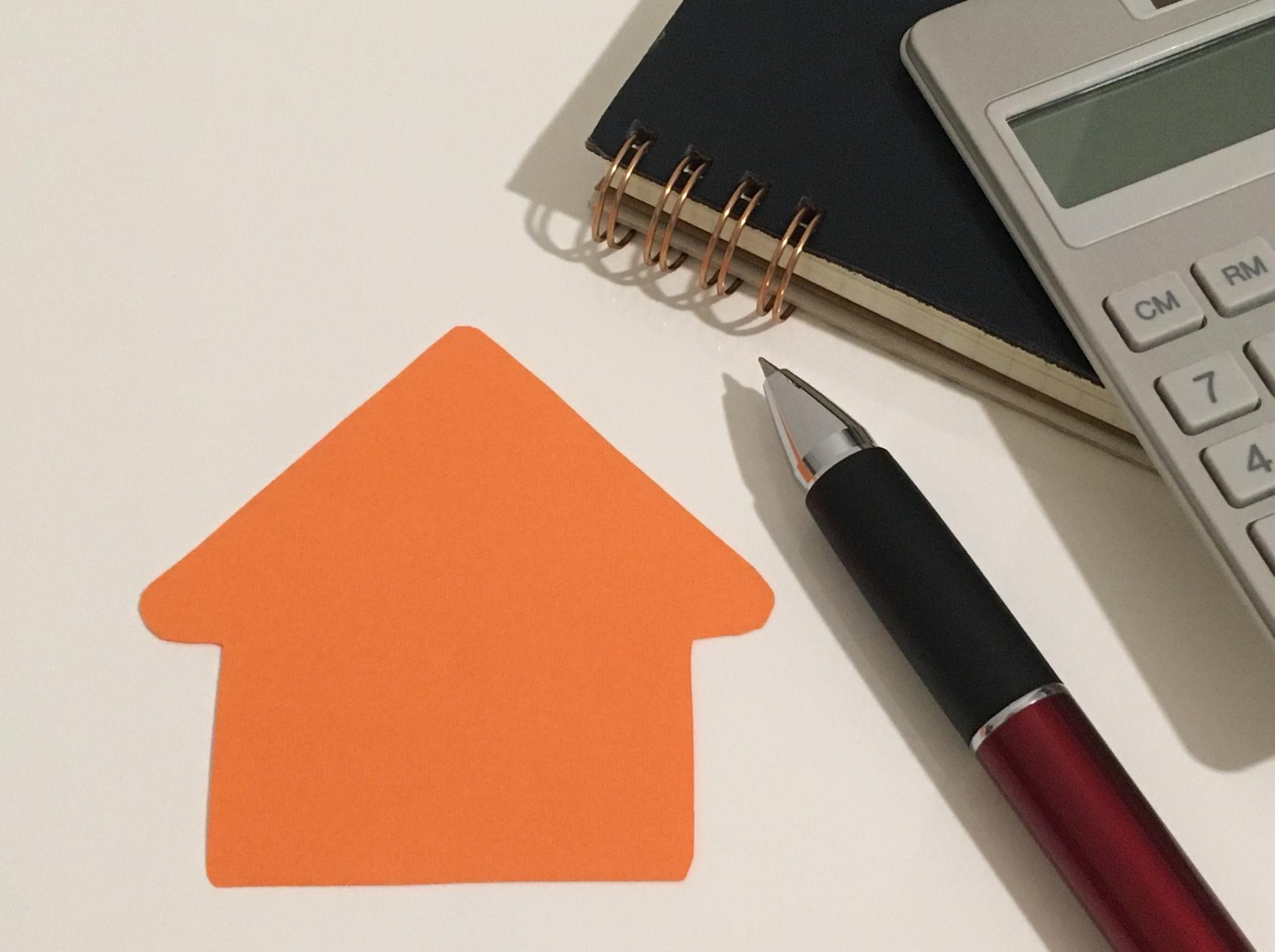 30坪屋根塗装の費用相場を1,200事例から分析!真の適正価格がわかる