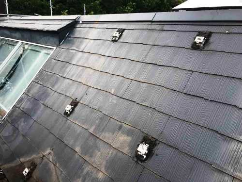 太陽光パネル 固定金具